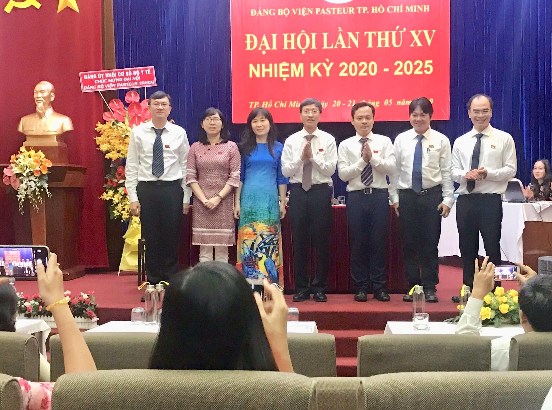 Ban chấp hành Đảng bộ, Uỷ Ban Kiểm Tra nhiệm kỳ XV và Đoàn Đại biểu đi dự Đại Hội Cấp trên